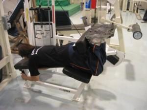 大腿部後面の筋力トレーニング