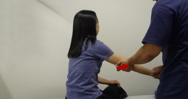 外側側副靭帯ストレステスト:肘(Collateral ligamant stress test elbow)