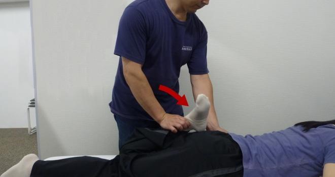 踵殿距離テスト(Heel buttock distance:HBD)
