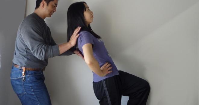 片足立ち腰椎伸展テスト